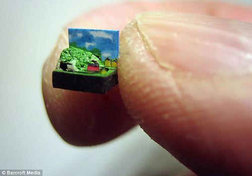 世界最小火车www.yzc888.com 比真车小35200倍